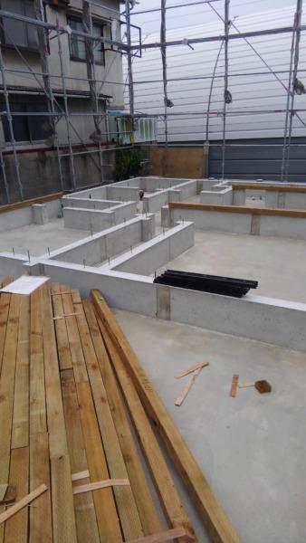 2×4フレーミング工事 土台