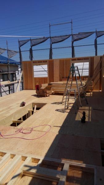2×4フレーミング工事 2階床と壁