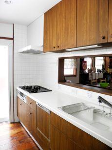 ジェニュインオリジナル木製キッチン