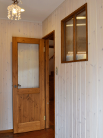 国産木製建具玄関ホール