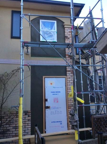 玄関外壁モルタル塗り