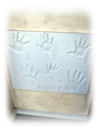 ジェニュイン定番の家族の手形