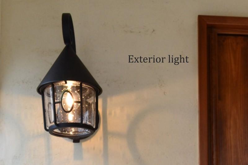 玄関横照明