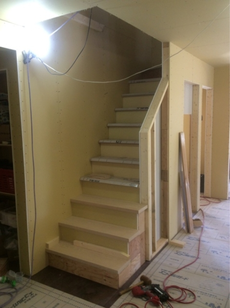 階段 無垢材 オーク材 新築工事