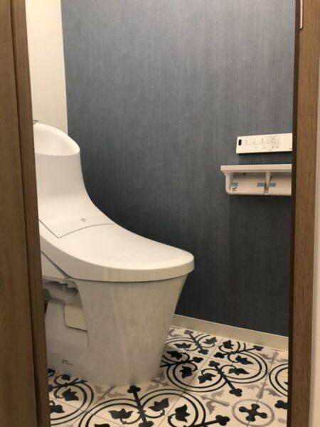 トイレ床リフォーム後