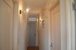 子ども部屋と寝室へと続く廊下
