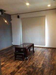 こだわりのシアタールームは洗練された大人の空間